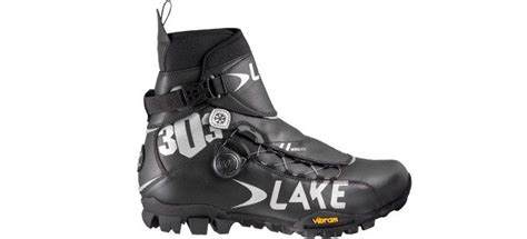 best winter bike shoes the 8 best winter cycling shoes road mtb models