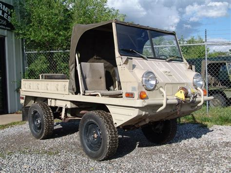 Swiss Army Sa 2118 steyr puch haflinger these can climb the side of a house