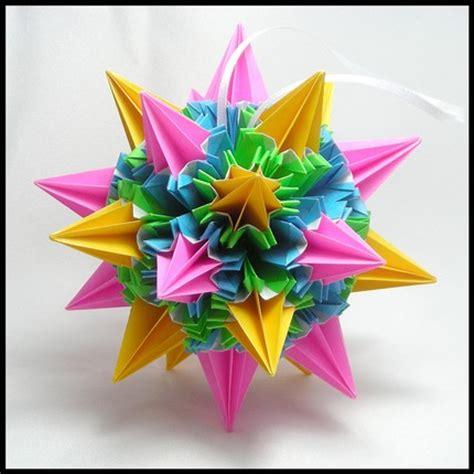Origami Sea Urchin - origami maniacs sea urching kusudama by tomoko fuse