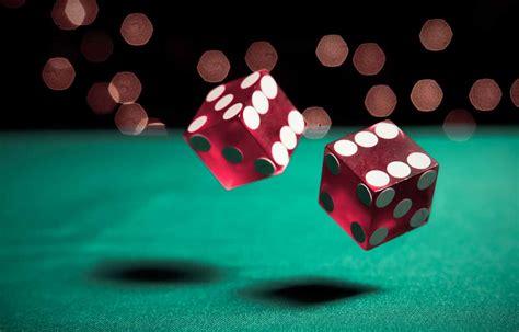 Can Gambling Hurt Your Credit Score?   Credit.com