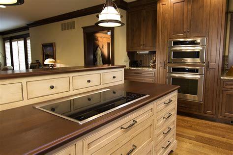 kitchen cabinets evansville in kitchen cabinets countertops evansville in