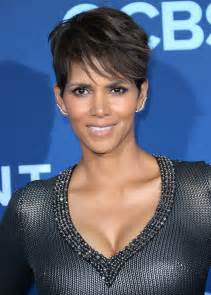 Halle berry at extant premiere in los angeles hawtcelebs