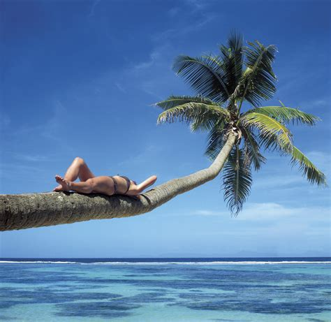 imagenes relax yoga escape to a yoga retreat in maui hawaii samana wellness