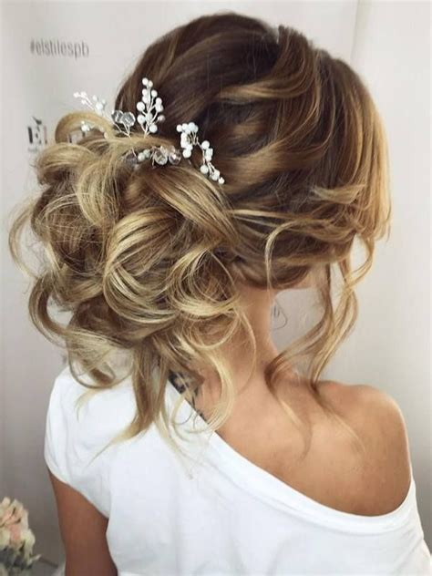 75 chic wedding hair updos for brides chongos half updo and