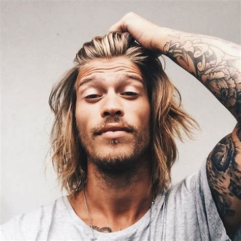 surfer hairstyles surfer hair for men cool beach men s hairstyles men s
