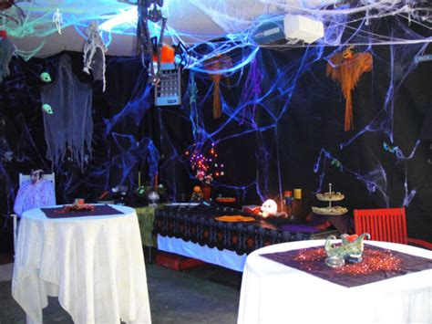 halloween party decoration ideas the neat retreat taking halloween to the extreme garden