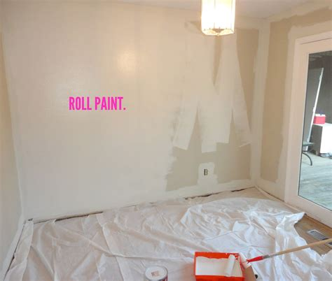 how to paint a room livelovediy how to paint a room