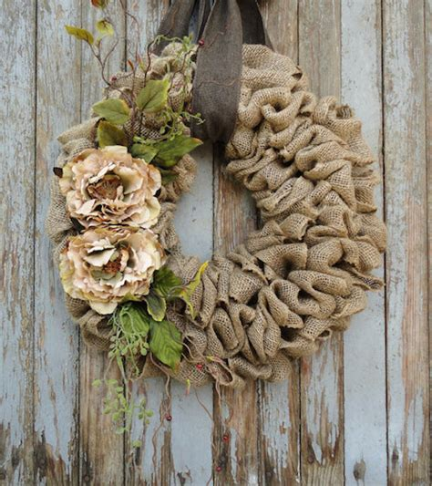 burlap wreath how to wreaths pinterest burlap wreath tutorial for beginners wreath tutorial