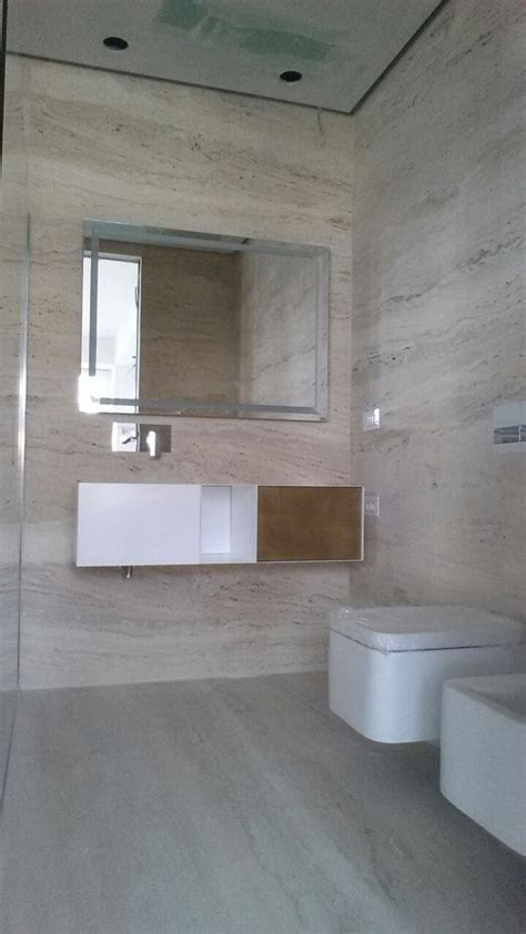 rivestimento bagno in travertino rivestimento bagno in travertino romano marmiweb it