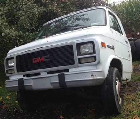 old cars and repair manuals free 1993 gmc safari seat position control service manual 1993 gmc rally wagon 3500 gas tank removal service manual old car manuals