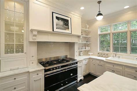 Oxford White Kitchen Cabinets Interior Design Inspiration Photos By Oxford Development