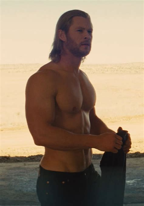 how much can chris hemsworth bench too much of a good thing gay spy blog digital spy
