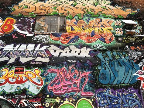 facts  dont   graffiti street artfr