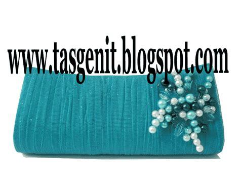 Bros Mutiara Hati Isi 3 tas pesta clutch bag serut biru tosca bros manik mutiara terjual kode 1089