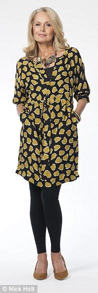 fashion for pear shaped women over 50 clothes for pear shaped women over 50 hairstylegalleries com
