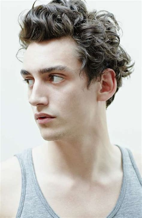 mens 59 s style hair coming back stylish wavy hairstyles for men 2014