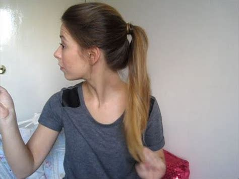 how to do ponytail with short layers quick and easy textured ponytail long hair long layers