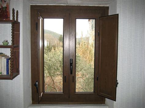 finestre con scuri interni finestre in alluminio isolanti terni viterbo c i met