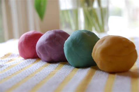 Handmade Playdough - the best playdough recipe tinkerlab