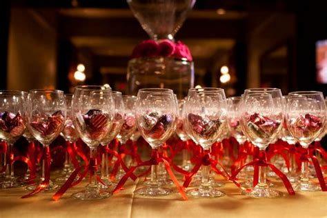Wine Glass Wedding Giveaways - colorful kisses in wine glasses