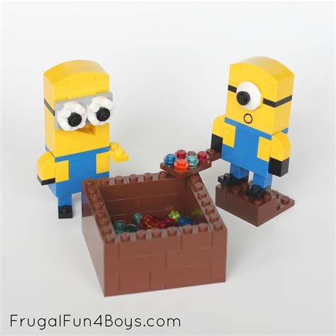 How To Make A Minion Out Of Construction Paper - lego minions building