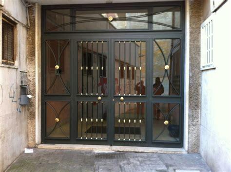 portone ingresso condominio portone ingresso condominio in acciaio e vetro factory