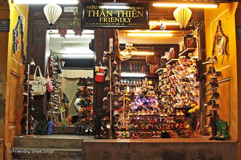Handmade Shopping - finding handmade shoe shops in hoi an