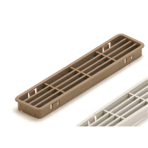 griglia aerazione cucina griglia aerazione zoccoli cucina 30x170 mm 2 pz brico io