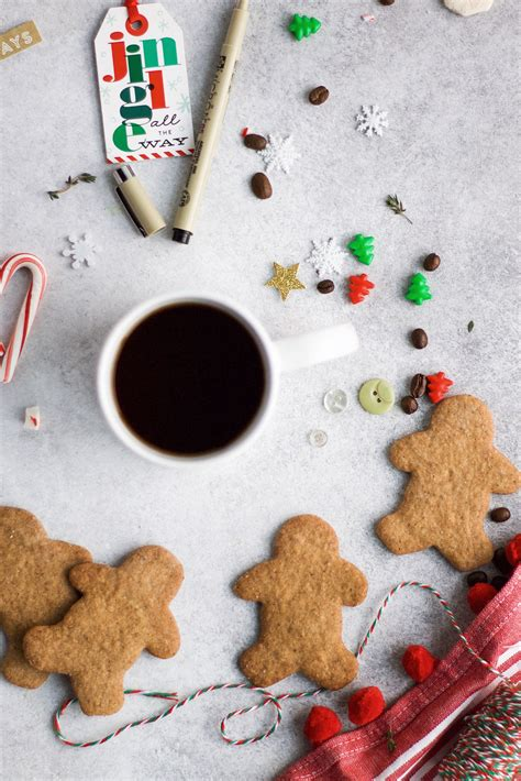 A Rafflecopter Giveaway - this brown kitchen a holiday gift guide giveaway with cameron s coffee