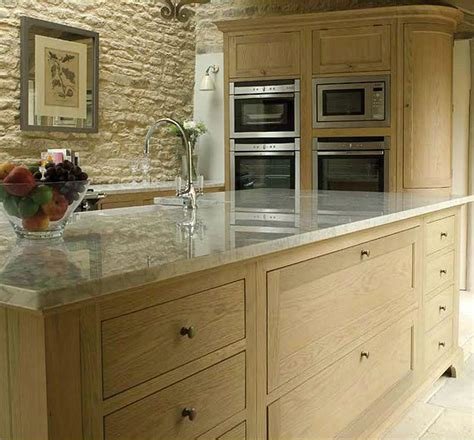 neptune kitchen furniture neptune s henley range classic oak kitchen oak cabinets