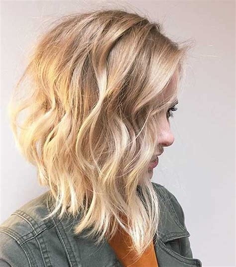 trending style  summer curly wavy hairstyles short
