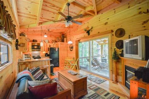 tiny home square footage tiny homes under 400 square feet