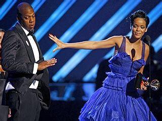 Rihanna In Post Grammys Car Crash by Rihanna After Post Grammy Fender Bender Rihanna