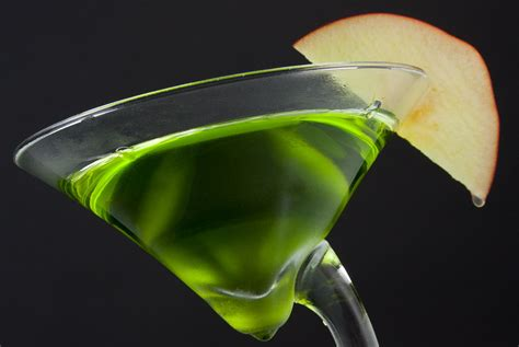 green apple martini green dublin apple cocktail recipe with irish whiskey