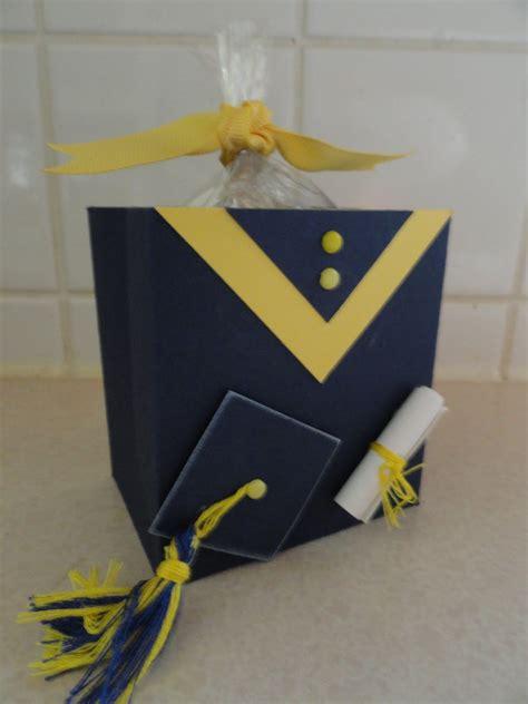 how to make a graduation card holder box graduation card box ideas http christicreativecrew