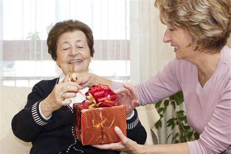 caregiver challenges overcoming caregiver challenges during the holidays