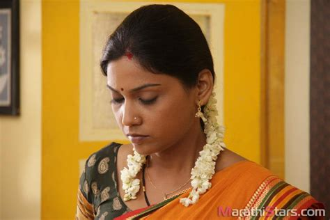 usha priyamvada biography in hindi usha jadhav marathi actress photos biography wiki