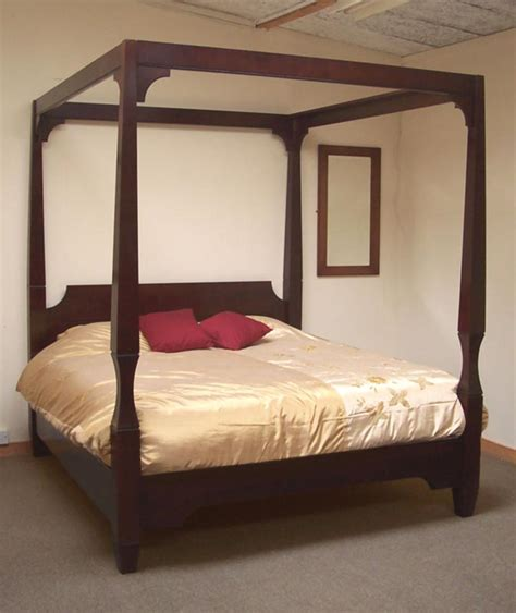 modern four poster bed contemporary tapered four poster bed detail 6