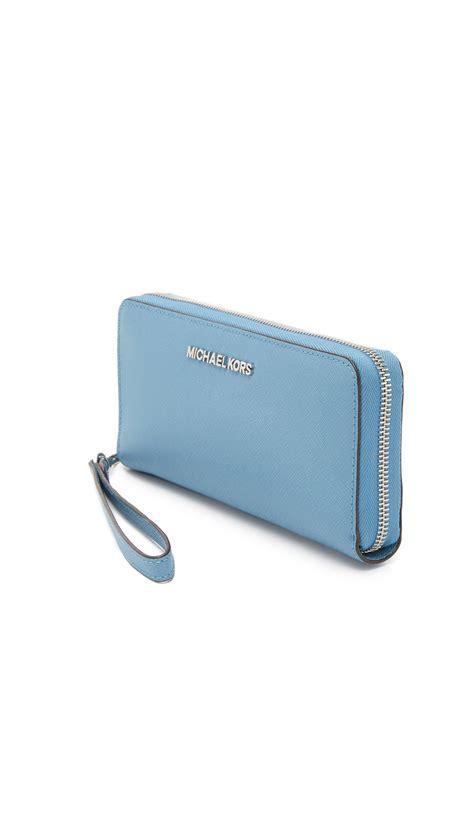 Michael Kors Travel Wallet 7 michael michael kors jet set travel continental wallet in blue lyst