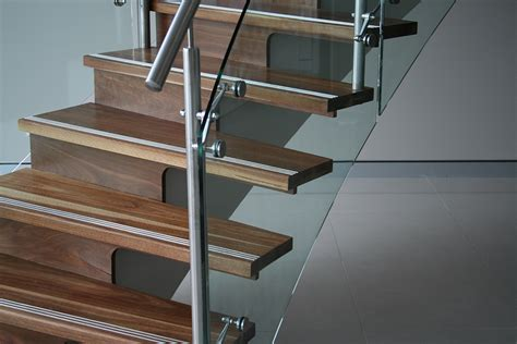How To Build A Handrail For Stairs Glass08