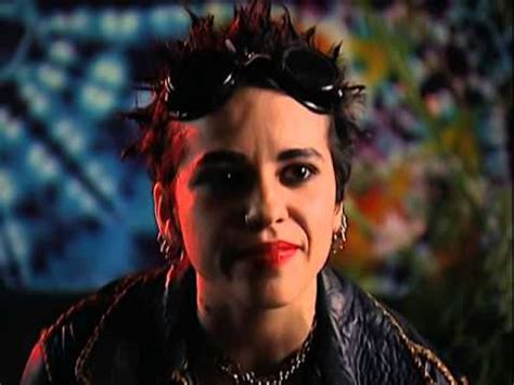 linda perry interview youtube linda perry interview 4 27 1994 fillmore auditorium