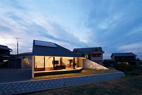 designboom japanese house hayato komatsu architects completes house in shinyashik
