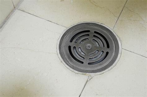 drain plancher garage pour un drain efficace et sans mauvaise odeur