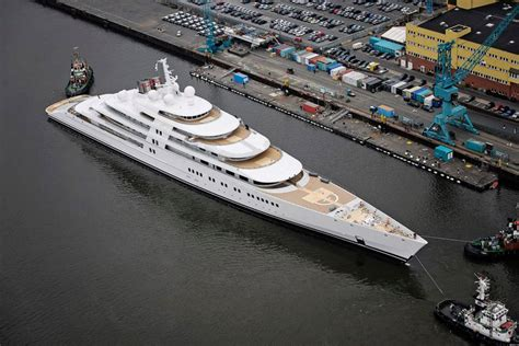 biggest private ships in the world azzam world s largest yacht officialy launched in