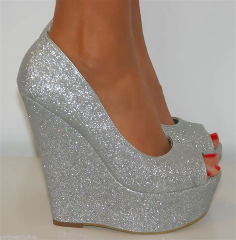 size 4 silver glitter peep toe from pathelschoice