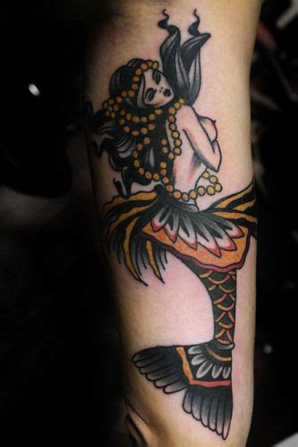 traditional mermaid tattoo mermaid traditional pinteres