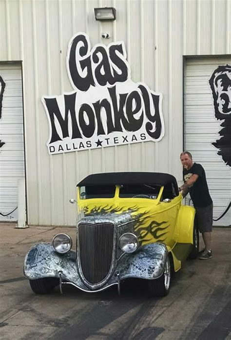 zz top garage pinstriping and lettering by the the paint chop quot casey
