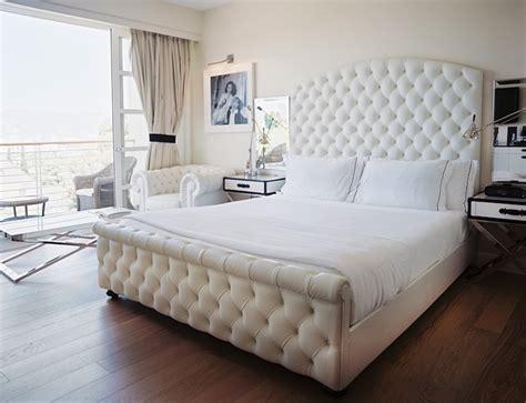 tuffed bed white velvet tufted headboard hollywood regency