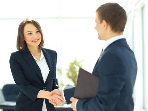 Bewerbungsgesprach Fragen An Die Firma 5 Tipps F 252 R Ein Erfolgreiches Bewerbungsgespr 228 Ch