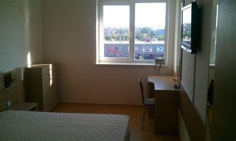 rooms to rent in room to rent into modern furnished flat room for rent bucharest